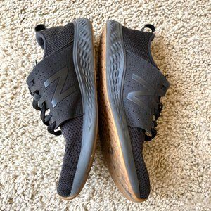 Mens New Balance Sneakers Black Low Top Lace Up